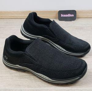 Skechers Mens Expected Gomel Slip On Loafers